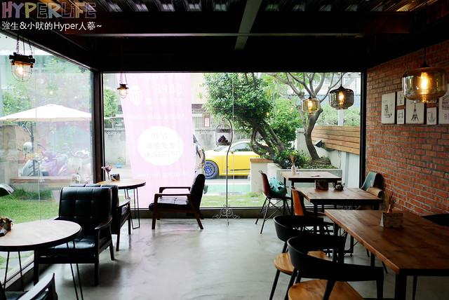 29564923041 b5e58de906 z - 工業風裝潢x豐盛早午餐讓心和胃都好飽足,來好拍又好吃又健康的《Heynuts Café 好堅果咖啡》根本一舉二得!!