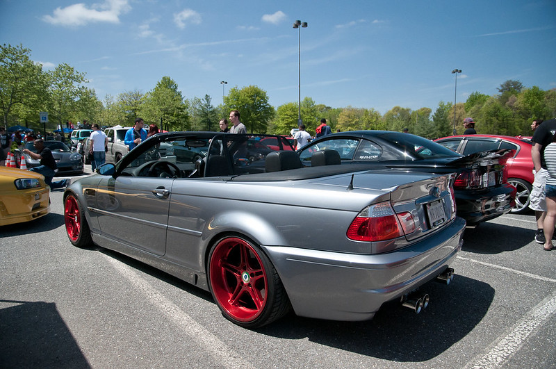 E46 on red RDs