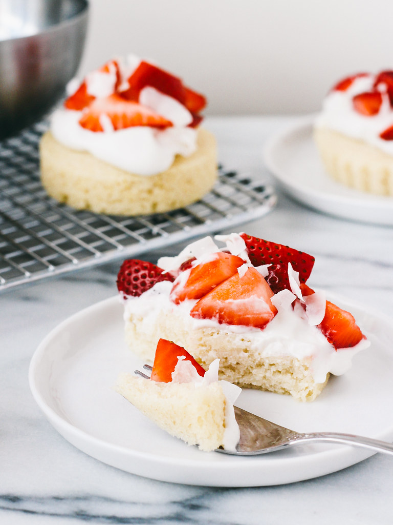 Strawberry Coconut Cream Cakes by Oh Lady Cakes