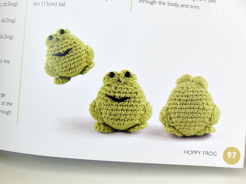 Frogs (Mini Amigurumi - Sara Scales)