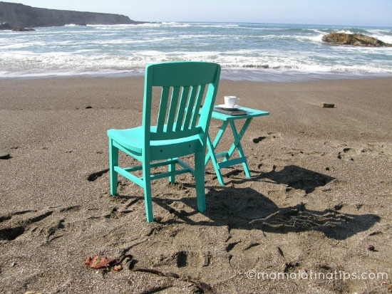 LCI emerald_green_chair_and_table-picked