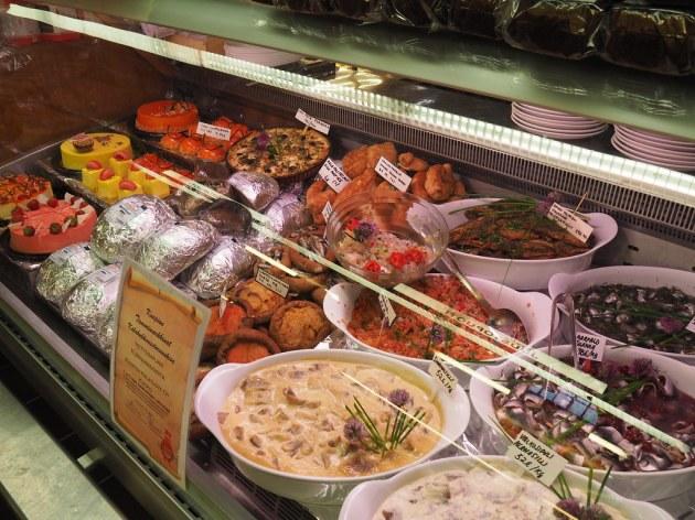 ハカニエミマーケットの魚屋