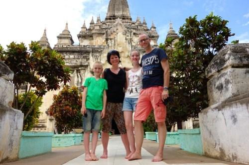 Visiting pagoda Bagan