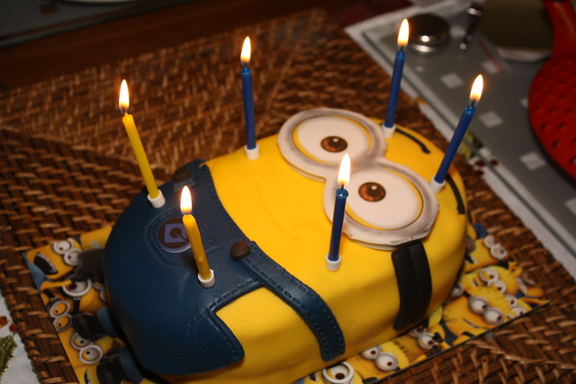 Minion Cake With Candles Flickr Photo Sharing