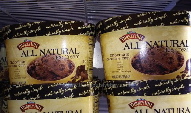Turkey Hill All Natural Chocolate Chocolate Chips Ice Cream