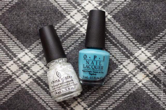 02 OPI   Can't Find My Czechbook + China Glaze   Chillin' With My Snow Mies