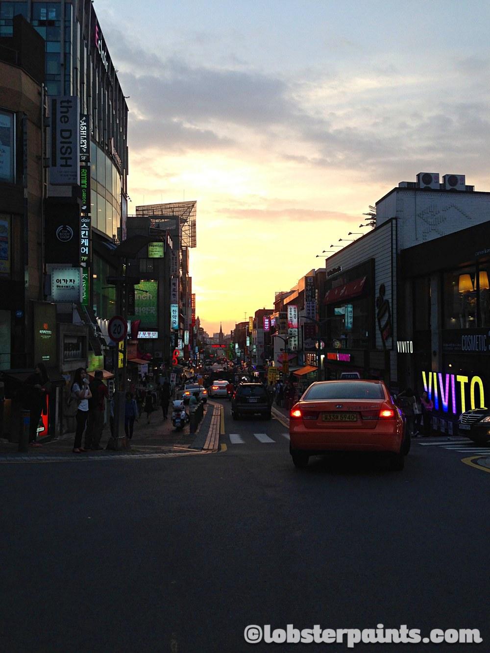 1 Oct 2014: Edae Shopping District | Seoul, South Korea