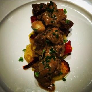 Carne a la strogonoff