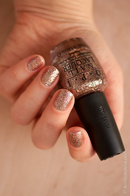 06 OPI   Bring On The Bling