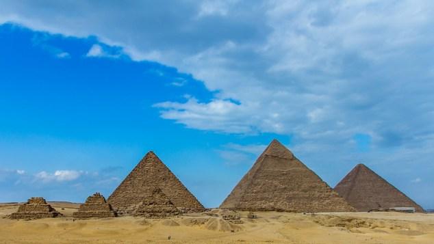 Sase piramide, Giza, Egipt