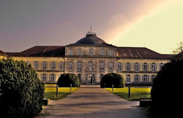 Schloss_Hohenheim_by_HibiDaKing