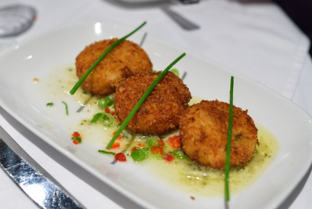crab cakes dungeness