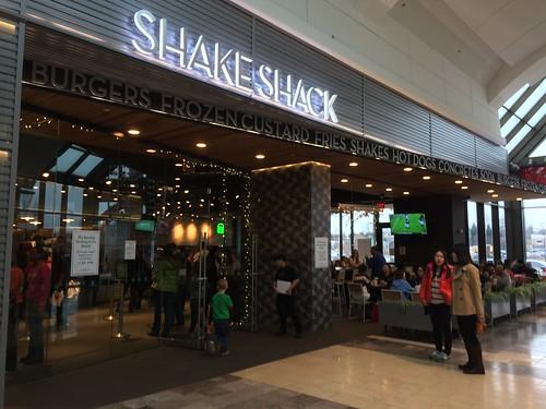 Shake Shack Garden State Plaza