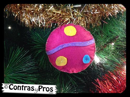 Bolas navideñas de fieltro DIY