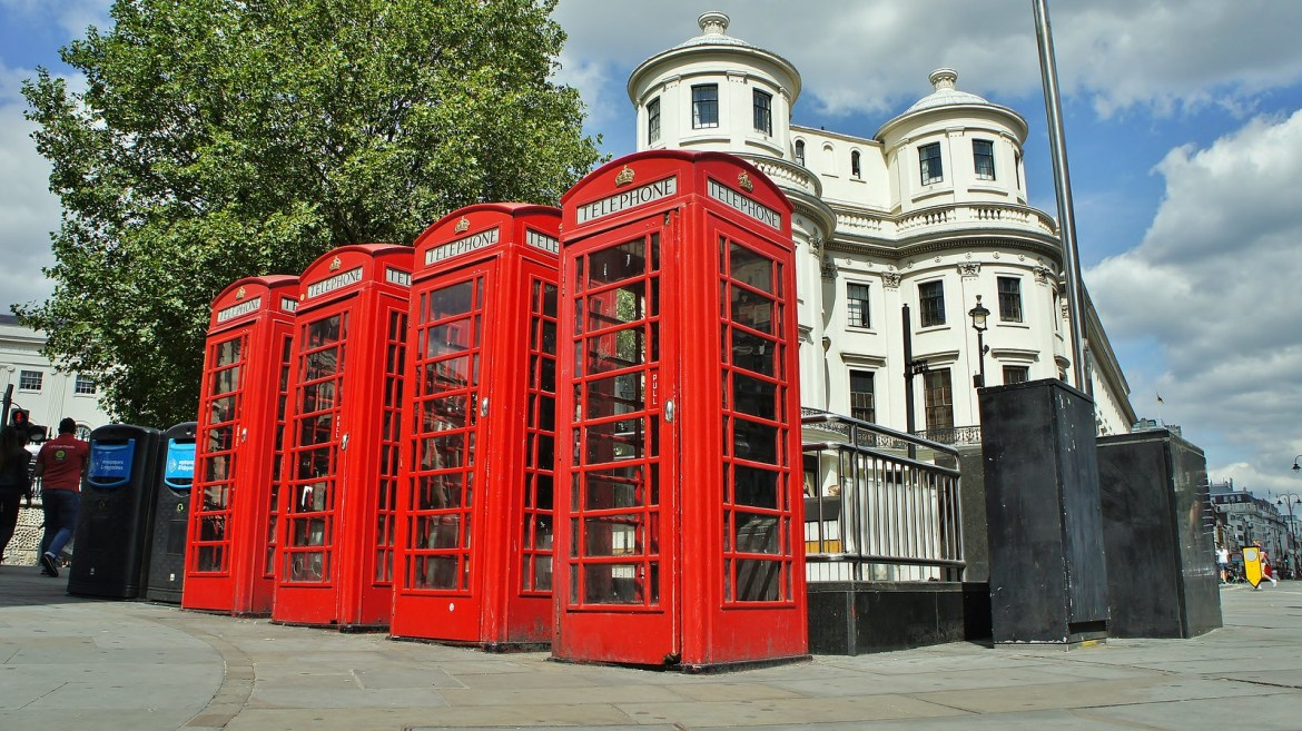 London Telephone Box-Booth