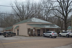 003 Wolf River Cafe, Rossville