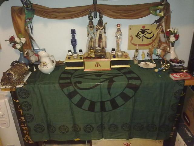 Sobek and Heru shrine - redone for Wep Ronpet