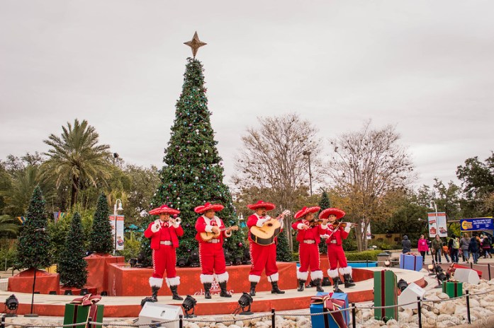 Sea World Christmas Mariachi Band
