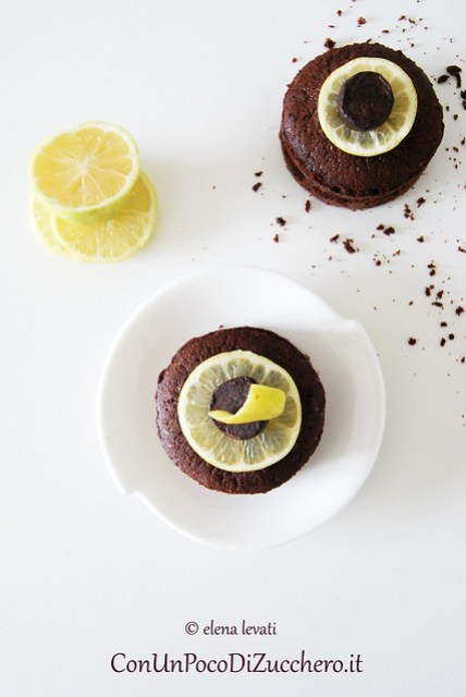 Cocoa and Lemon mini cakes 2