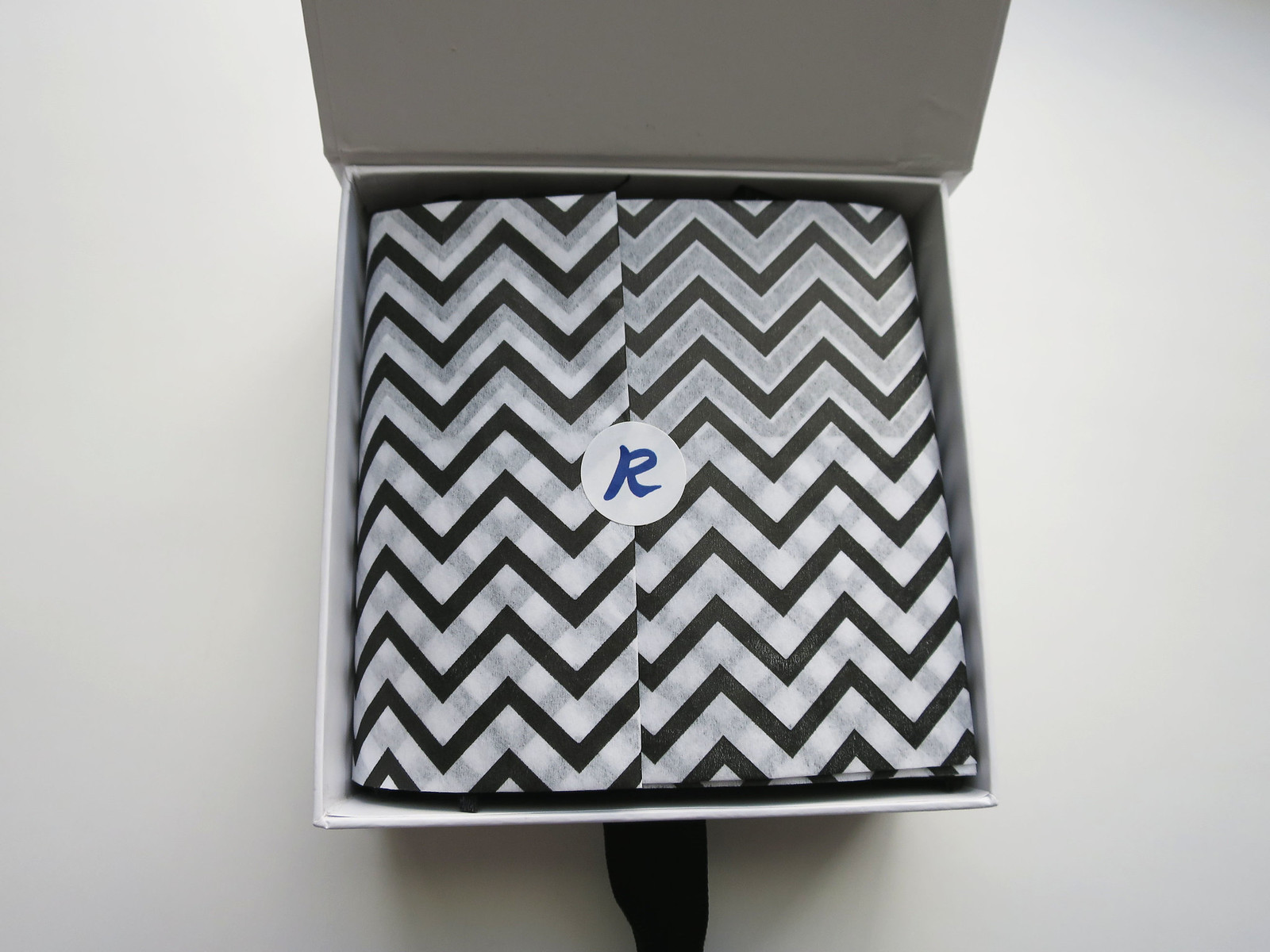 Rocksbox Chevron Packaging