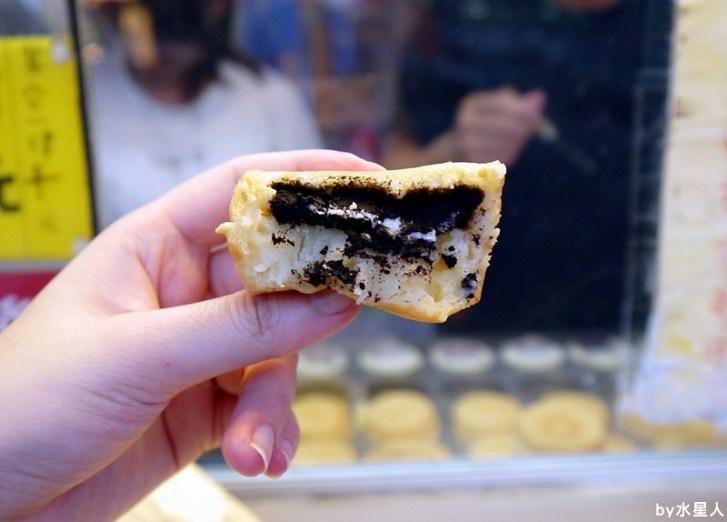 30230197840 06a27cd0eb b - 台中西屯【東海紅豆餅】口味不少且新奇,把OREO放進車輪餅裡了,還有起司牽絲的胡椒蛋