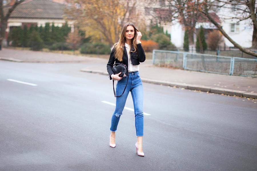 High Waisted Jeans Fashion Agony Daily Outfits