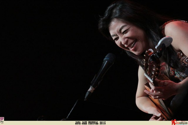 Java Jazz Festival 2015 Day 2 - Lisa Ono (1)