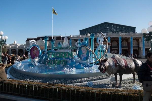 Anna and Elsa' Frozen Fantasy at Tokyo Disneyland