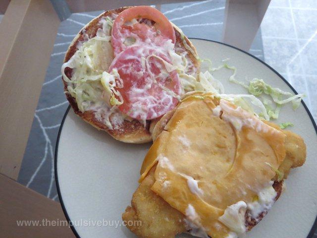 Arby's King's Hawaiian Fish Deluxe Sandwich 3