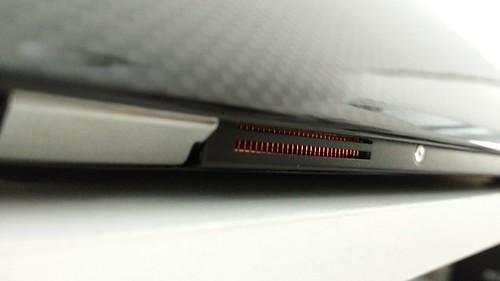 ช่องระบายความร้อนของ INHON Carbonbook 11.6 นิ้ว