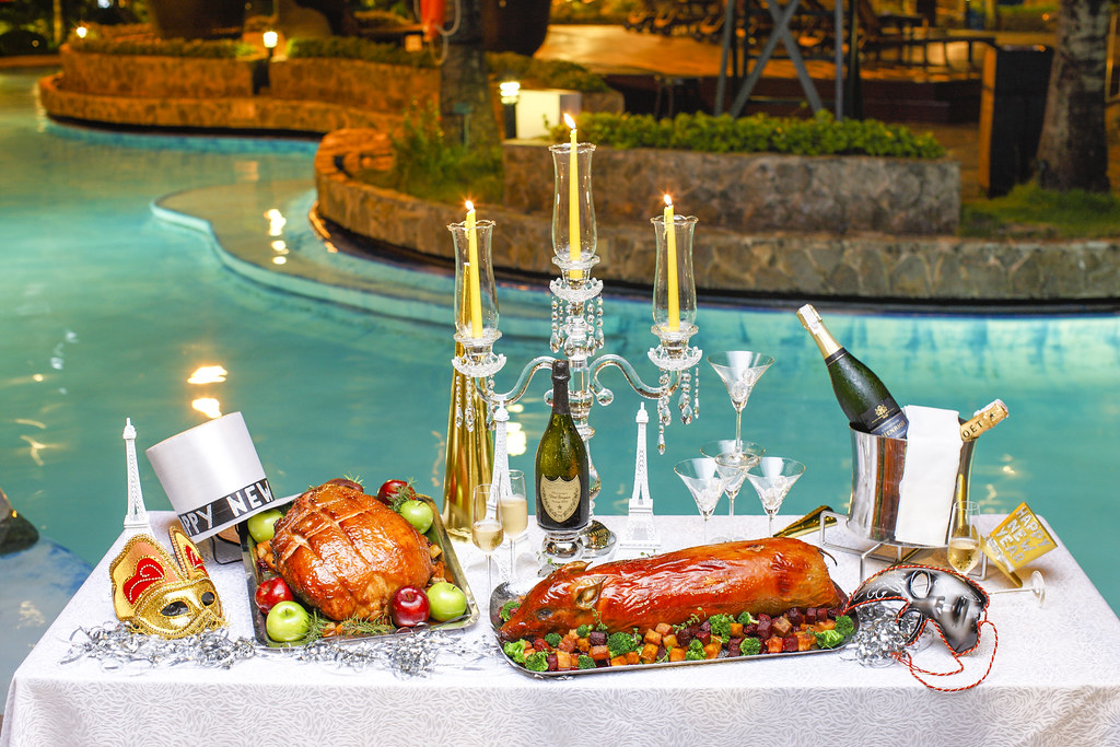 Poolside Christmas and New Year