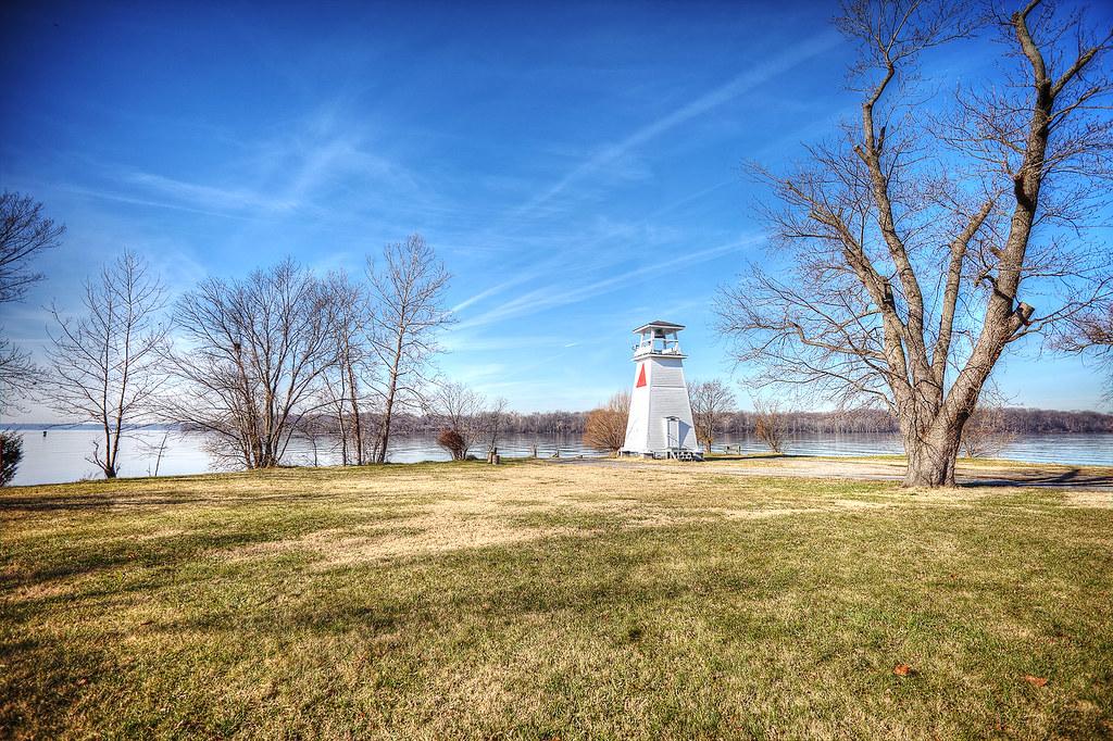 Fort Washington Light