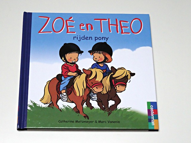 zoé en theo rijden pony