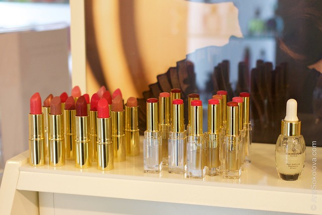53 Oriflame Concept store in Stockholm