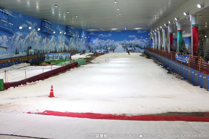 PLAY DOCI室內滑雪場