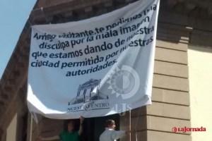 """""""Nuestro Centro"""" coloca manta contra comercio municipal"""
