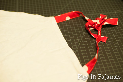 Apron sewn ties
