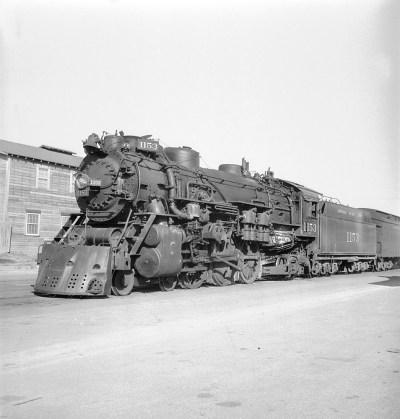 [Missouri Pacific, Locomotive No. 1153 with Tender]
