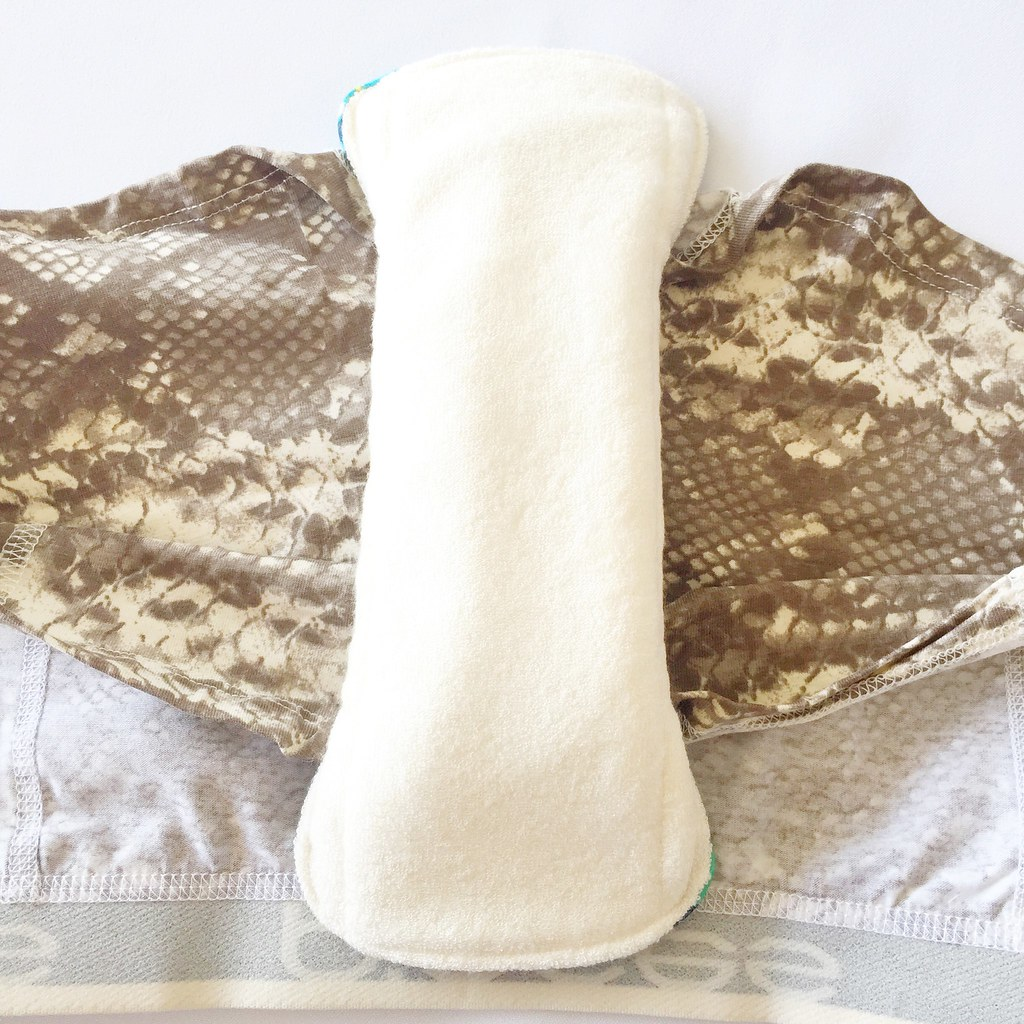 How to wear washable menstrual pads