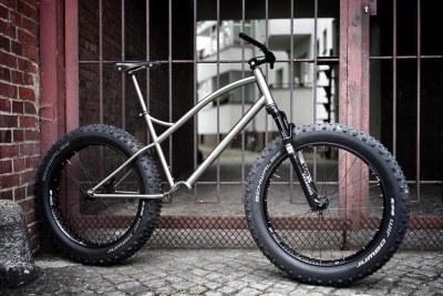 twelve gears for the unpaved part of berlin
