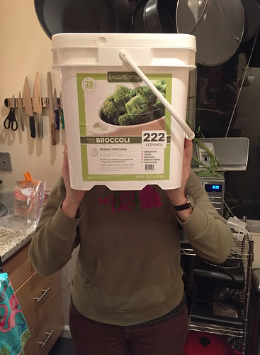 222 servings of freeze-dried broccoli