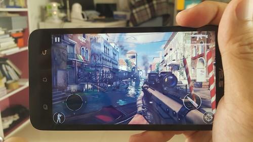 เกม Modern Combat 5: Blackout บน ASUS Zenfone 2