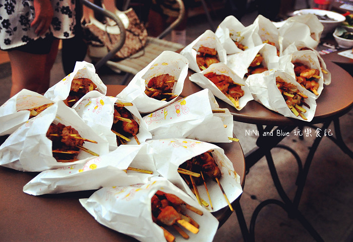 17441871424 739fe033f4 b - 【熱血採訪】激旨燒鳥逢甲總店~逢甲夜市超人氣排隊美食小吃,創意燒烤將各種想不到的食材都包進去串燒