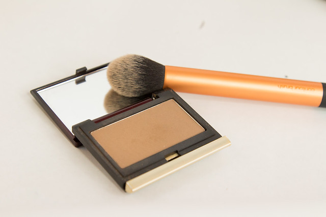 kevyn-aucoin-sculpting-powder