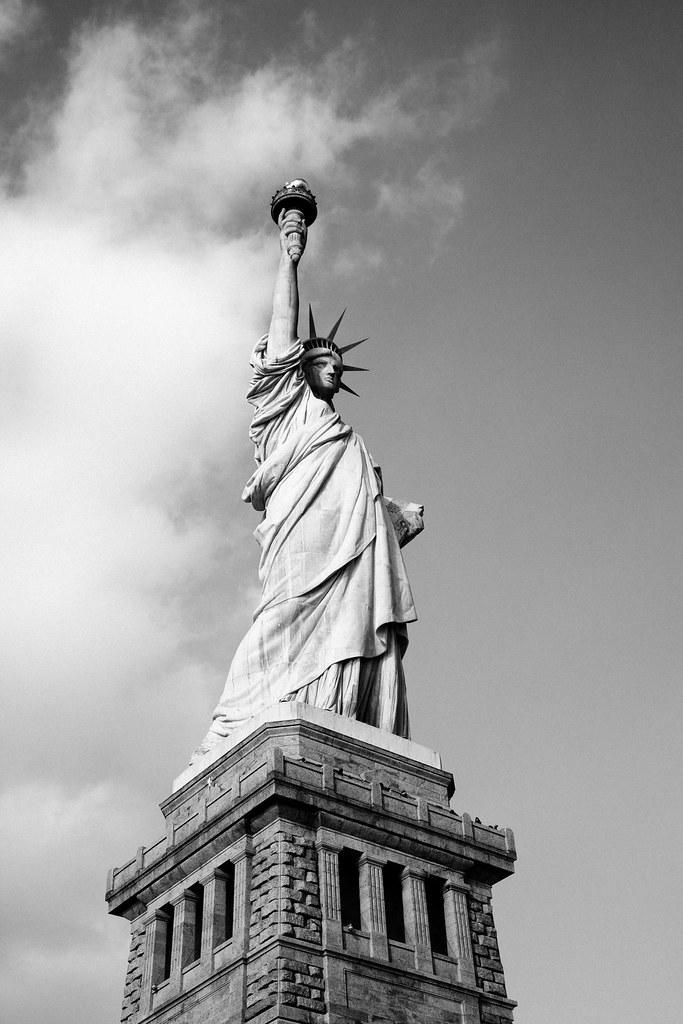 Imagen gratis de la Estatua de la Libertad en blanco y negro