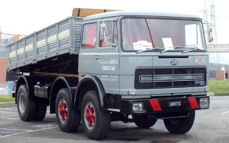OM 180 6x2