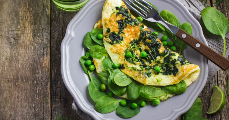 Crispy Parmesan and Spinach Omelet with Green Peas
