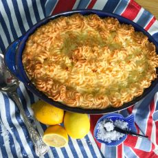 :Low Calorie Fish Pie Recipe - under 300 calories per portion