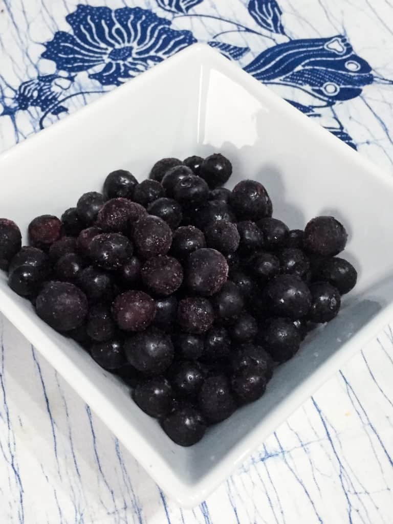 Frozen blueberries for Superfood Porridge with manuka honey