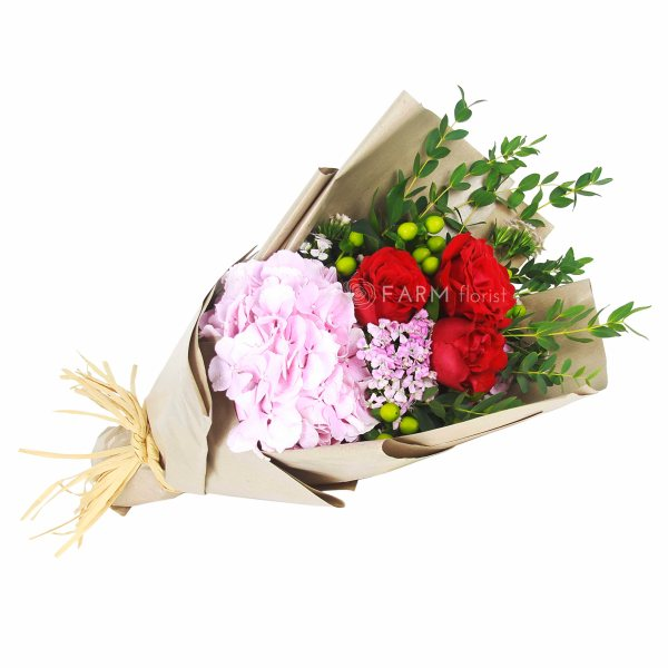 Laura Bouquet by Farm Florist Singapore Tilted